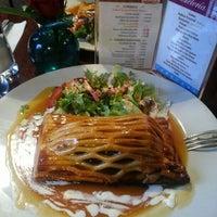 Снимок сделан в Pablinni's Chef пользователем Lalo A. 2/15/2013