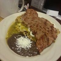 Снимок сделан в Pablinni's Chef пользователем Lalo A. 7/26/2013