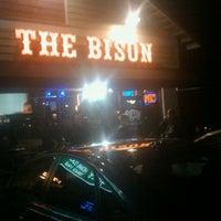 Foto scattata a The Bison da Sunny A. il 11/20/2011