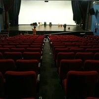 Foto tirada no(a) Auditório Municipal Francisco Beranger por João L. em 5/30/2012