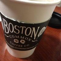1/5/2013 tarihinde Tim M.ziyaretçi tarafından Boston Common Coffee Company'de çekilen fotoğraf