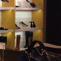 10/21/2013 tarihinde Barış K.ziyaretçi tarafından Louis Vuitton'de çekilen fotoğraf