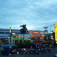 Foto diambil di Plaza Bintaro Jaya oleh Muhammad S. pada 1/6/2013