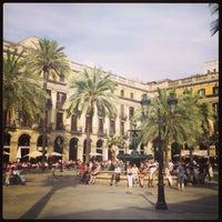 Foto tomada en Plaza Real por Евгений Ф. el 6/7/2013