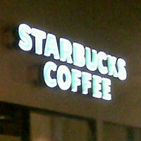 Photo taken at Starbucks by Mauricio L. on 1/27/2013