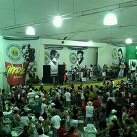 Foto tirada no(a) G.R.E.S. Império Serrano por Diego Roberto S. em 1/19/2013