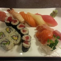 Photo taken at Sozo Sushi by Seliya on 2/2/2013
