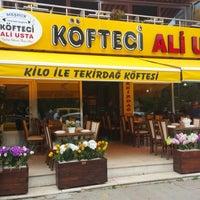 Photo taken at Ali Usta Tekirdag Koftecisi by Oğuz Y. on 6/20/2015