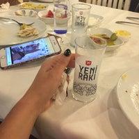4/21/2018 tarihinde Buse P.ziyaretçi tarafından Reis Restaurant'de çekilen fotoğraf