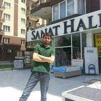 Photo taken at Sanat Halı - ÖZVARİNLİ by Mehmet Ö. on 5/21/2013