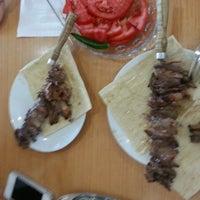 6/19/2013 tarihinde Ruya H.ziyaretçi tarafından Palandöken Cemal Usta Cağ Kebabı'de çekilen fotoğraf