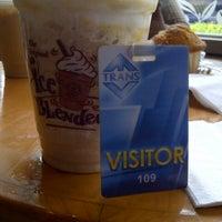 Photo taken at The Coffee Bean & Tea Leaf by Edy J. on 5/2/2013