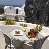 Photo taken at Santo Maris Oia Luxury Suites and Spa in Santorini by Hanadi A. on 6/30/2017