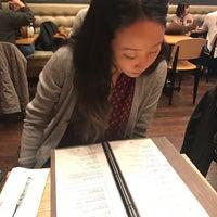3/2/2017에 Jolie Y.님이 Gammeeok에서 찍은 사진
