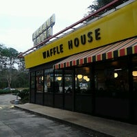 Photo taken at Waffle House by LovinMe D. on 1/6/2013