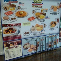 Photo taken at Waffle House by LovinMe D. on 1/23/2013