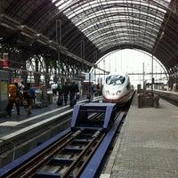 Photo taken at Frankfurt (Main) Hauptbahnhof by David H. on 6/28/2013