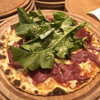 Foto scattata a Pizza Locale da Pizza Locale il 10/11/2017