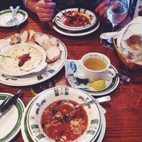 Photo taken at Olive Garden by Anna B. on 10/25/2014