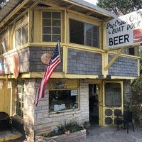 Foto tomada en Dry Creek Cafe & Boat Dock por Jimmy G. el 3/18/2018