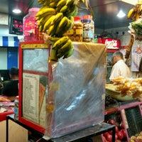 Foto tirada no(a) Appu Shet Angadi por Sujay em 1/16/2017