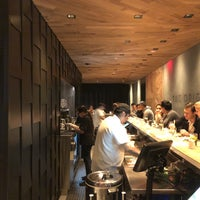 Foto tomada en KazuNori: The Original Hand Roll Bar  por Minseok B. el 11/6/2017
