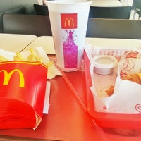 Photo taken at McDonald's by Gelli Fatima P. on 6/1/2013