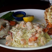 Photo taken at Red Lobster by Sanyi S. on 4/28/2017
