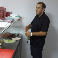 Photo taken at Meşhur Adıyaman Çiğ Köftecisi Side by Aykut B. on 7/27/2014
