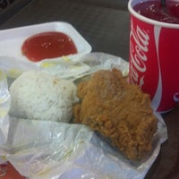 Photo taken at Giant Fried Chicken by Nicolas H. on 1/21/2014
