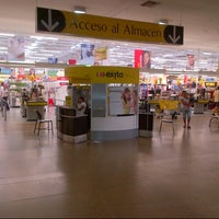 Photo taken at Centro Comercial Éxito 51B by Samuel A. on 1/7/2013