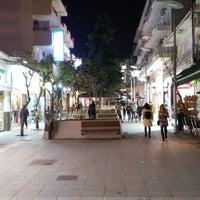 Photo taken at Πεζόδρομος Καλαμαριάς by Pavlos C. on 1/29/2015