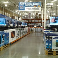 Photo taken at Costco Wholesale by Frank H. on 10/20/2012
