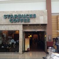 Photo taken at Starbucks by Roman M. on 8/23/2014