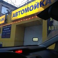 Снимок сделан в Автомойка у Пожарки пользователем Сергей Б. 1/8/2013