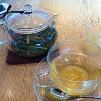 รูปภาพถ่ายที่ Afternoon Tea LIVING โดย Motoe K. เมื่อ 7/14/2013