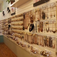 Photo taken at 1928 Jewelry & Accesories Boutique Outlet by Deborah B. on 3/29/2013