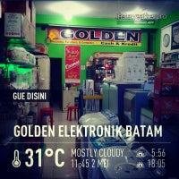 Photo taken at Golden Elektronik Batam by jeffry on 6/2/2013