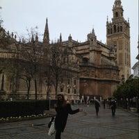 Foto tomada en Catedral de Sevilla por Tuğçe D. el 1/24/2013
