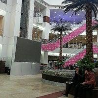 รูปภาพถ่ายที่ Vefa Center / Вефа Центр โดย Yana M. เมื่อ 1/27/2013