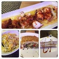 Foto scattata a Restaurante Carmela da Gabby R. il 10/25/2013