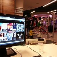 1/7/2013 tarihinde Fatih Ç.ziyaretçi tarafından Ramada Plaza İzmit'de çekilen fotoğraf