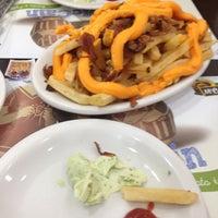 รูปภาพถ่ายที่ Brasil Burger โดย Dimitri L. เมื่อ 4/20/2013