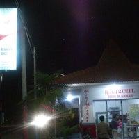 Photo taken at Rumah Makan Bali 2 by Khusnul P. on 2/14/2013