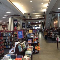 Photo taken at Penn Bookstore by Miroslav I. on 10/11/2012