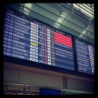 Photo taken at Tokyo (Haneda) International Airport (HND) by Kenta T. on 5/29/2013