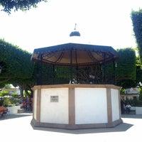Photo taken at Jardin del Pueblito (Kiosko) by osornios on 4/25/2013