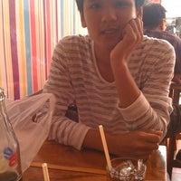1/6/2013 tarihinde Pichet J.ziyaretçi tarafından ร้าน SIt Neé'de çekilen fotoğraf