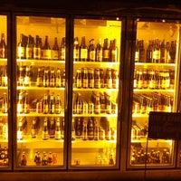 Photo prise au Alphabet City Beer Co. par ben s. le10/13/2012