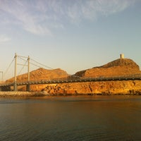 รูปภาพถ่ายที่ Sur Fort Bridge โดย Itsbrinda เมื่อ 3/28/2013